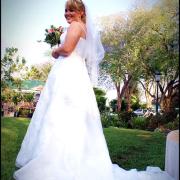 tiara, veil, wedding dress