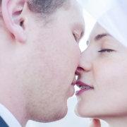 bride and groom, makeup, kiss