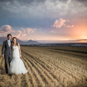 feature shot, bride and groom, countryside