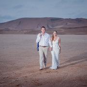 bride and groom, desert