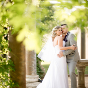 bride and groom, outdoor photography, wedding venue