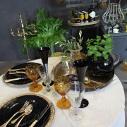 decor, glassware, table