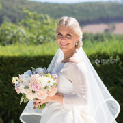 bouquet, veil