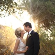 wedding dress, kiss
