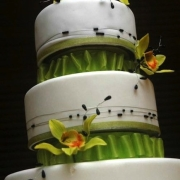 3 tier cake, black, green, three tier cake, white