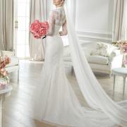 bouquet, veil, wedding dress