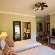 bedroom, guest