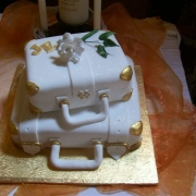 cake, cake decor, gold, white