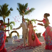 beach, ceremony, confetti