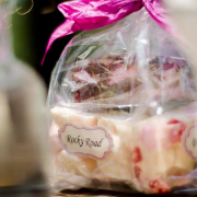 dessert, favours, gifts and favours
