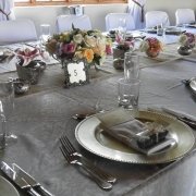 place setting, table setting