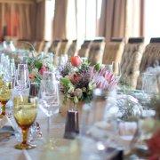 decor, flowers, glassware