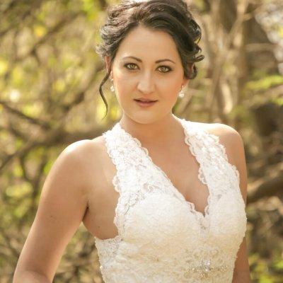 September 2016 bride of the year 2016 south africa for Carla de klerk interieur